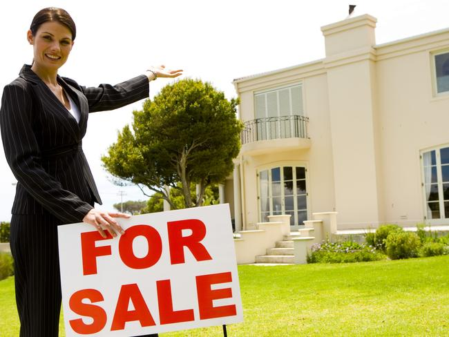 Turns out you don't need a real estate agent to get a good price for your property.