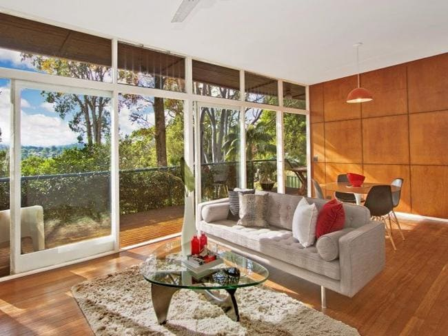 Upper North Shore Properties Set For Auction