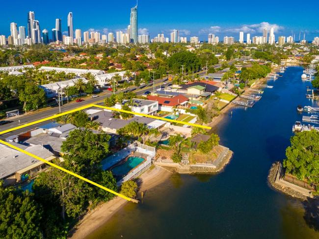 Two neighbours in the Gold Coast are getting savvy with their sale. Picture: Ray White Broadbeach/realestate.com.au