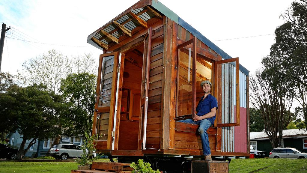 Tiny house movement hits Australia with builder encouraging