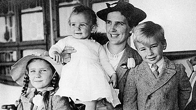 Lady Murdoch with children Helen, Rupert (right) and and baby daughter Anne.