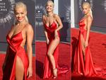 Rita Ora walks the red carpet at the 2014 MTV Video Music Awards, the VMAs. Picture: Getty