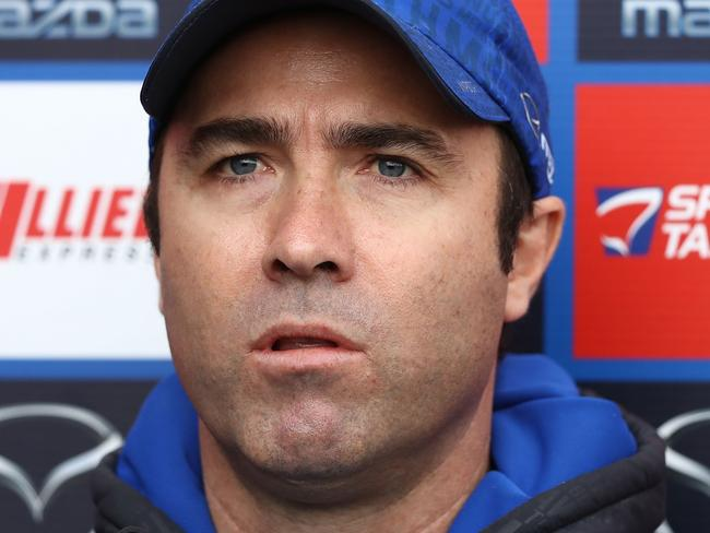 MELBOURNE, AUSTRALIA - AUGUST 04:  Kangaroos head coach Brad Scott speaks to the media during a North Melbourne Kangaroos AFL training session at Arden Street Ground on August 4, 2017 in Melbourne, Australia.  (Photo by Robert Cianflone/Getty Images)