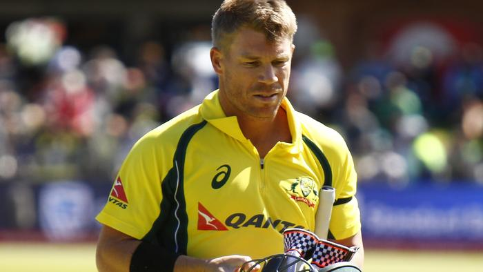 Australia's David Warner leaves the field after losing his wicket during the fourth one-day international cricket match against South Africa, in Port Elizabeth, South Africa, Sunday, Oct. 9, 2016. (AP Photo)