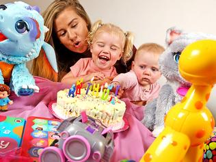 New app to crowdfund party gifts for children