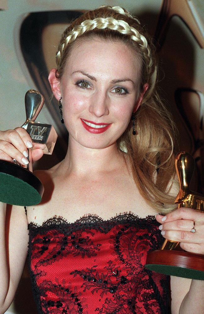 Lisa McCune Nude Photos 72