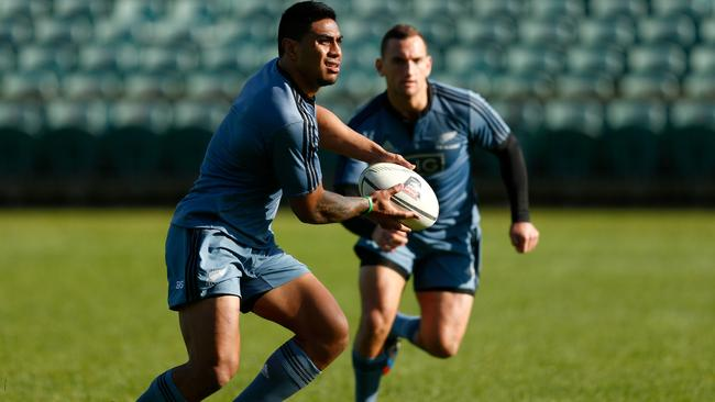 Malakai Fekitoa will replace Conrad Smith in the All Blacks backline.