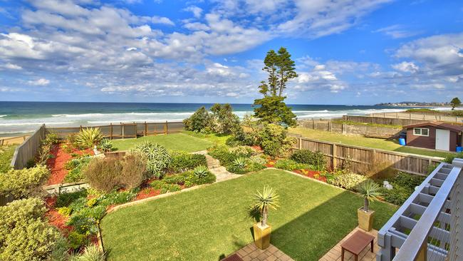 Agent Tony Heath of McLachlan Partners - Long Jetty praised the home's manicured lawns.