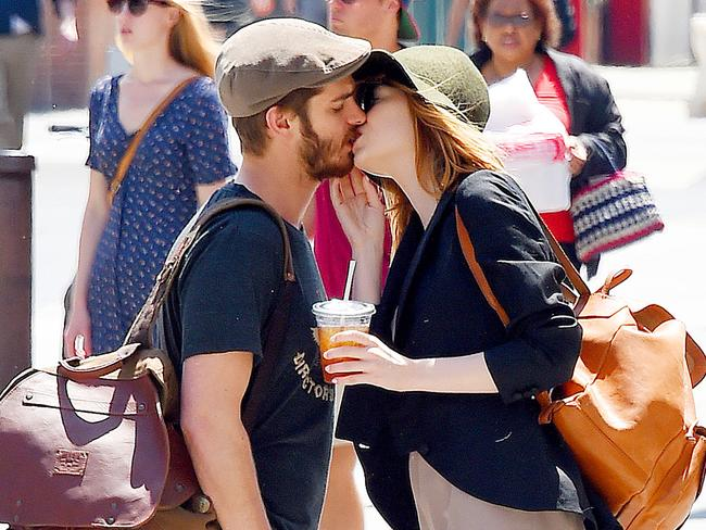 how long have emma stone and andrew garfield been dating