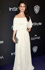 Singer Selena Gomez attends InStyle and Warner Bros. 73rd Annual Golden Globe Awards Post-Party at The Beverly Hilton Hotel on January 10, 2016 in Beverly Hills, California. (Photo by Frazer Harrison/Getty Images)