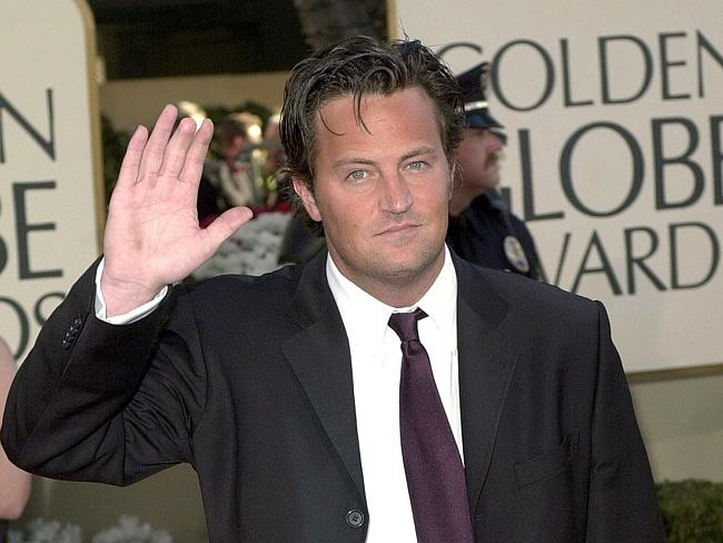 Matthew Perry is missing the tip of his finger.