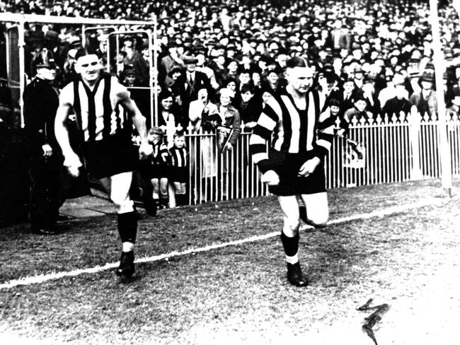 Collingwood's Albert Collier (left) and Harry Collier