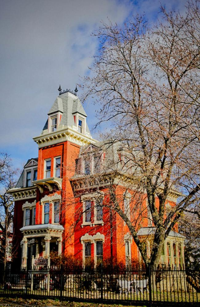 Old mansion hits the market for shockingly cheap