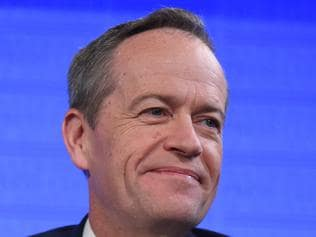 Leader of the Opposition Bill Shorten prepares to speak at the National Press Club as part of the 2016 election campaign in Canberra, Tuesday, June 28, 2016. (AAP Image/Mick Tsikas) NO ARCHIVING