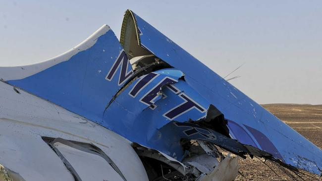Crash scene ... the remains of a Russian airliner which crashed is seen in central Sinai near El Arish city, north Egypt.