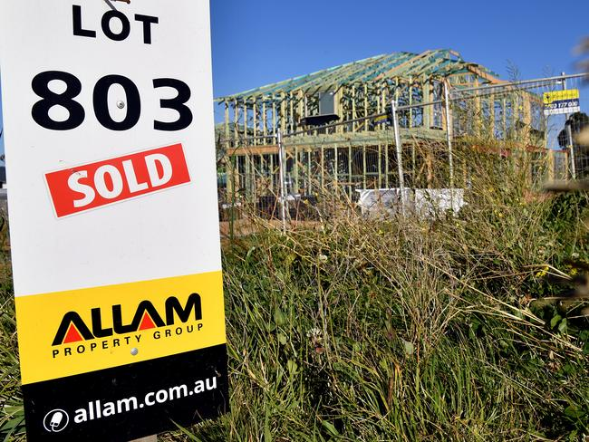 Housing in Sydney remains in high demand with new ones snapped up quickly. Picture: Joel Carrett/AAP