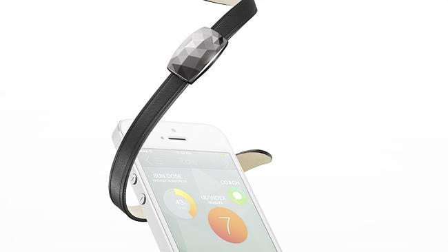 Be sun smart with this UV ray detecting bracelet