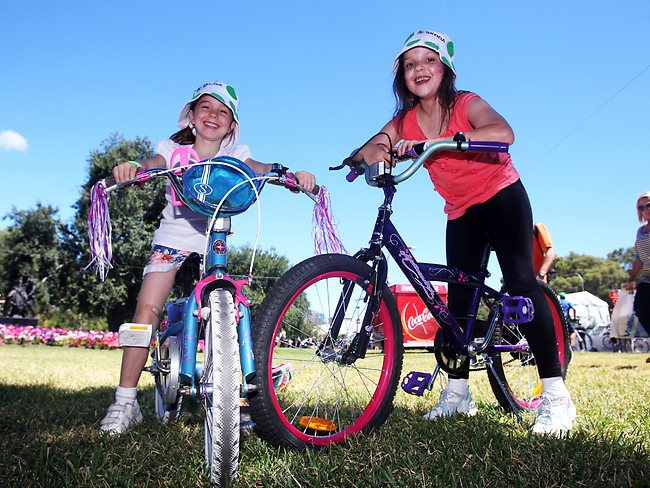 BIKE TYKES: Isabelle Austin and Lauren Jantzen. Picture: Simon Cross