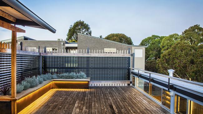 Hocking Constructions Take Out Hia Csr South Australian Home Of The Year Daily Telegraph