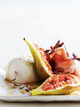 Use the last of the figs with buffalo mozzarella, prosciutto and honey. Picture: Taste.com.au
