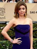 Modern Family star Sarah Hyland on the red carpet of the the 22nd Annual Screen Actors Guild Awards. Picture: Frazer Harrison/Getty Images