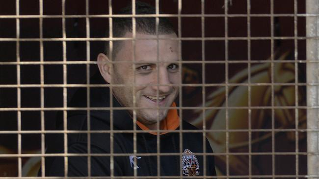Robbie Farah has claimed Wests Tigers CEO Grant Mayer failed to back his players.
