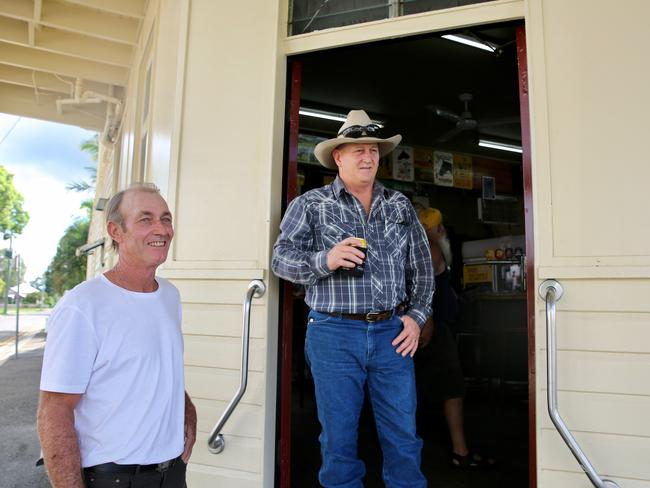 "Queensland locals at the pub in the division of Wright. Picture: Madison Davies  <a capiid=""a9b5785f45ef4a3fbcd4e0ab9064f67a"" class=""capi-video"">People need to stop being precious: Hanson</a>"