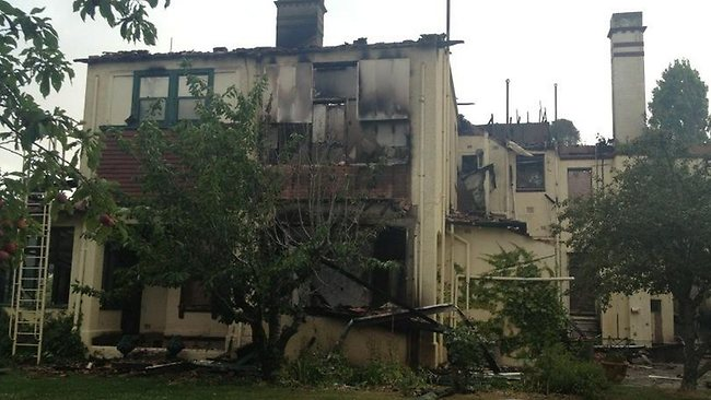 Victoria's historic Carngham homestead after yesterday's fires. Picture: @ChristineAhern/Twitter