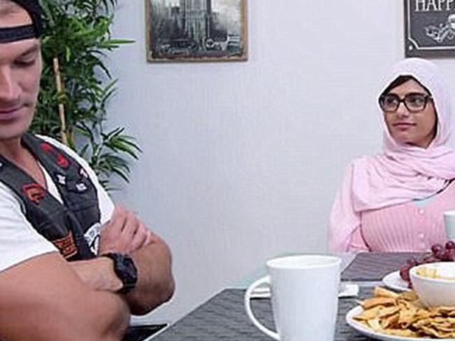 The porn scene where Mia Khalifa wore a hijab.