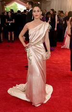 """Lizzy Caplan attends the Met Gala 2015 """"China: Through The Looking Glass"""". Picture: Getty"""