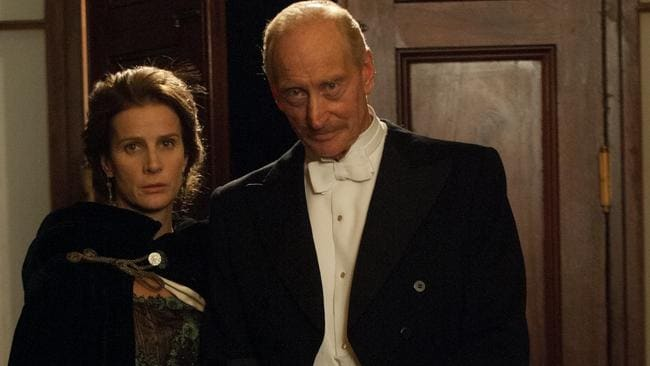 Aim to gain world attention ... Rachel Griffiths and Charles Dance play Lady Hamilton and Sir Ian Hamilton in Deadline Gallipoli. Picture: Matt Nettheim.