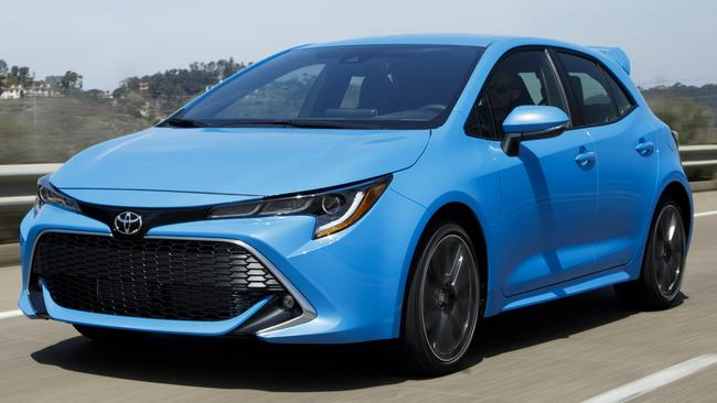 2018 Toyota Corolla at US launch: Lexus-influenced front?