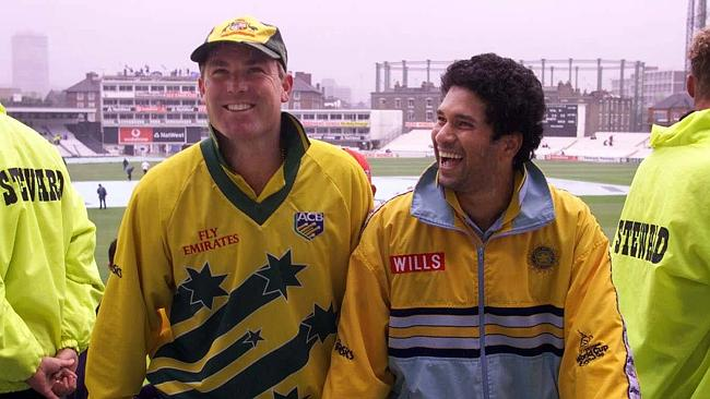 Warne and Tendulkar during rain delay at 1999 World Cup.