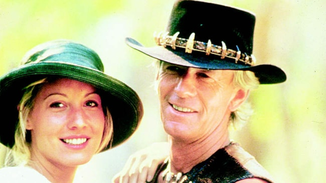 Croc gets the girls /Films/Titles/Crocodile/Dundee