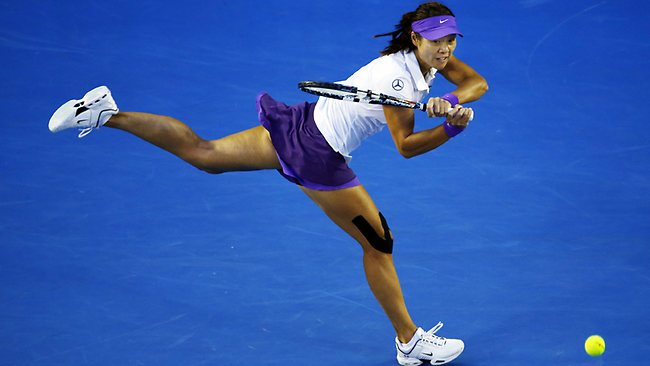 Li Na rips a backhand on the run Picture: Klein Michael