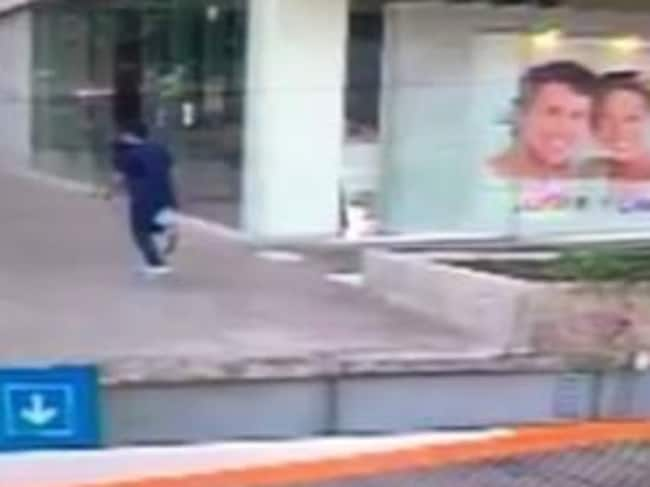 The shooter flees the scene. Picture: US consulate in Guadalajara/Facebook