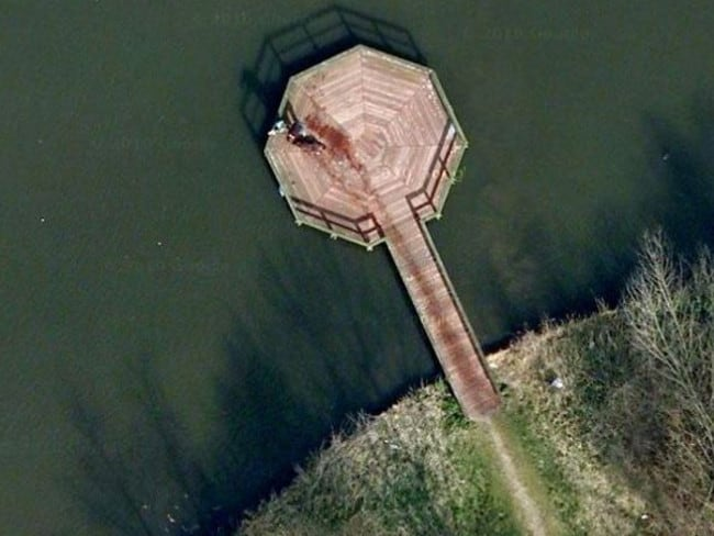 Google Maps Car In Lake Plane In Water Mysteries Explained - How many google maps cars are there in the us