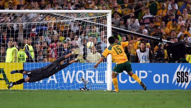 Aloisi strikes his winning penalty in 2005.