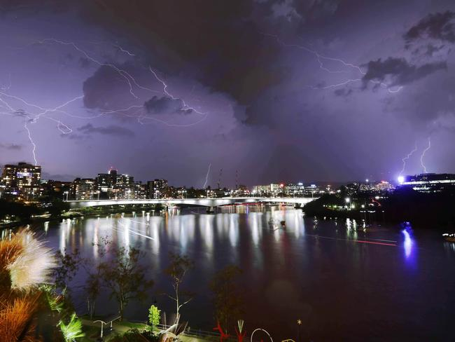 What happens when you get struck by lightning | Herald Sun