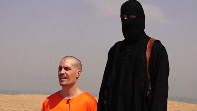 Twitter image of US journalist James Foley and a black-hooded member of ISIS.