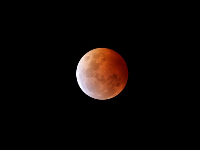 red moon qld - photo #2