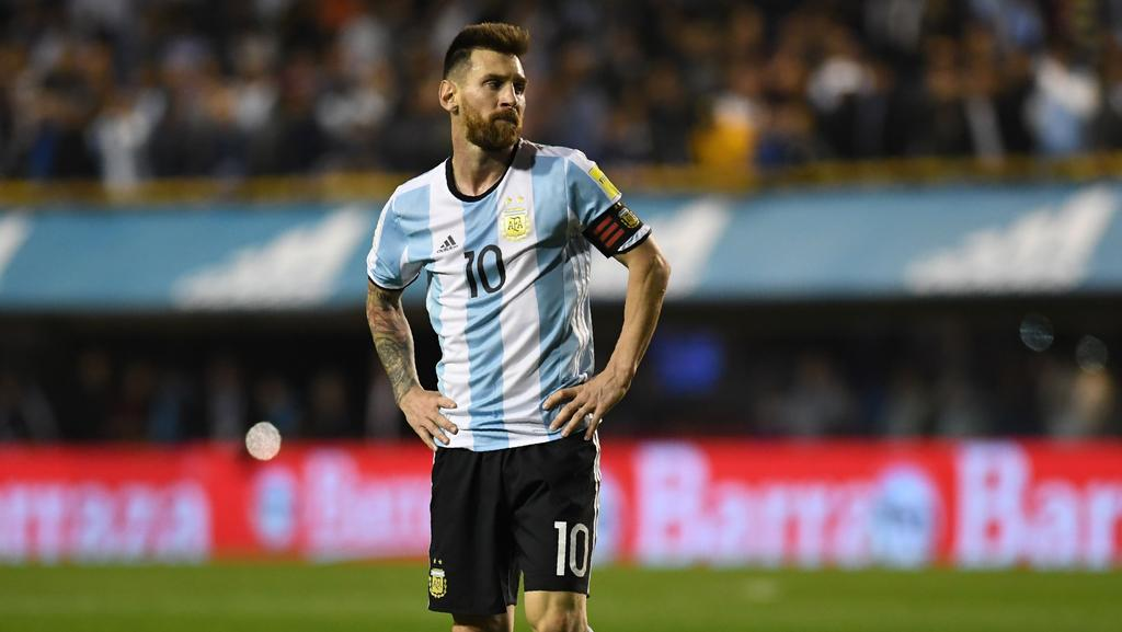 world cup scout lionel messi hints at argentina