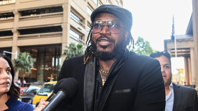 Chris gayle wins defamation case against fairfax for Case in stile west indie