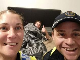Tasmanian police take a selfie for a drunk man to remember how he got home