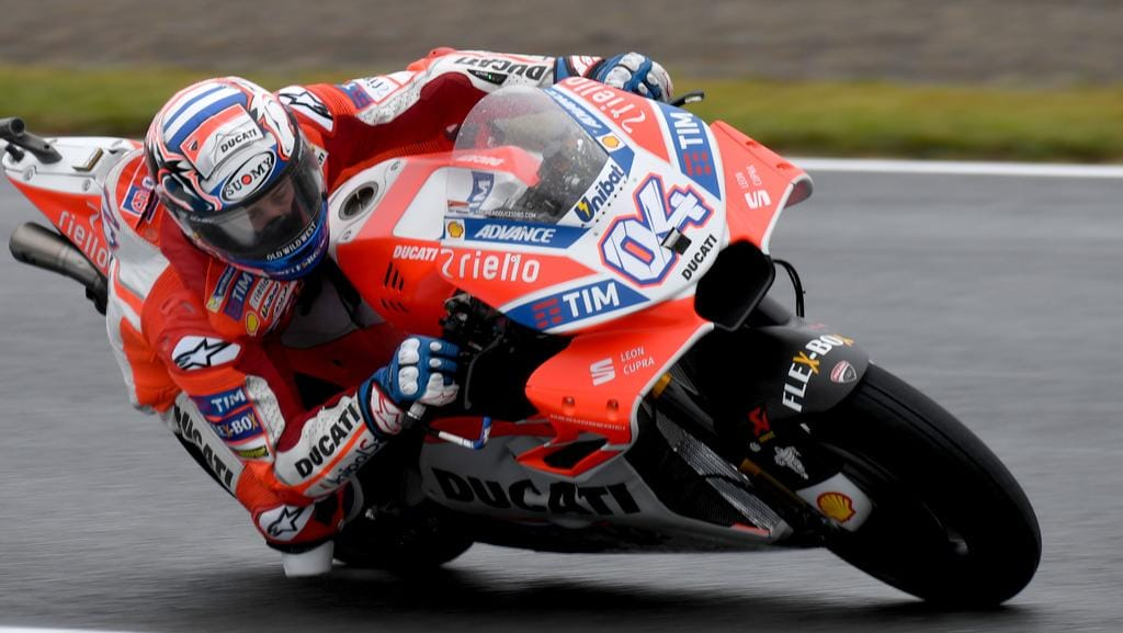 motogp qualifying andrea dovizioso wins japanese grand prix the courier mail. Black Bedroom Furniture Sets. Home Design Ideas