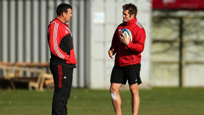 Richie McCaw (right) talks to Crusaders forwards coach Dave Hewett earlier this year.
