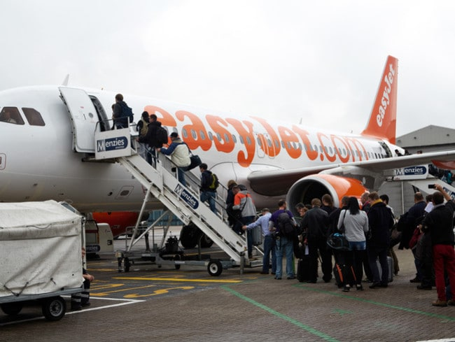 Low-cost British airline easyJet has announced it will be fitting its aeroplanes with specially designed filters to stop toxic fumes entering passenger cabins and cockpits.