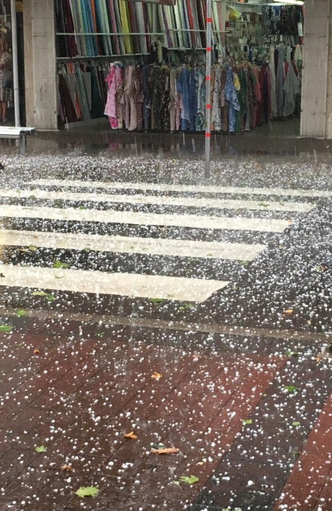 The hail captured coming down in Penrith earlier today. Picture: Jeremy Spinks
