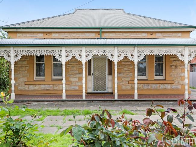 You can get a beautiful 4 bedroom sandstone home only 4km from Adelaide for $600,000.