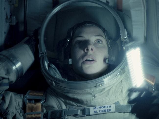 A successful mission to discover alien life turns to terror for Miranda North (Ferguson) and the crew of the ISS in Life. Picture: Sony Pictures